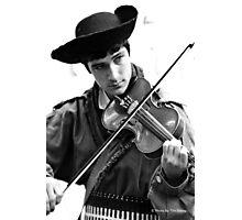 Da Fiddler Photographic Print