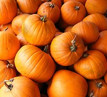 More Pumpkins by JBTHEMILKER