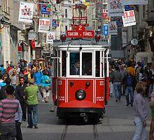 Istanbul tram by hagulstad