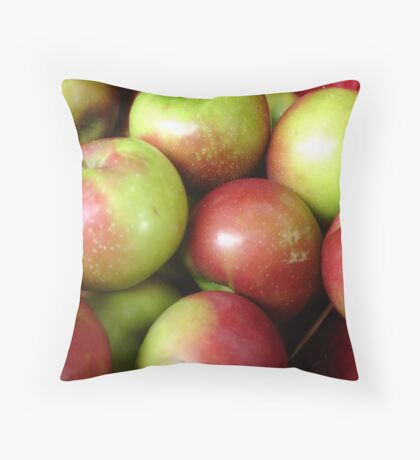 Apples! Throw Pillow
