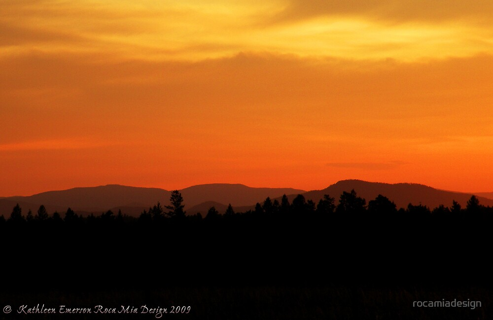 Valley Sunset by rocamiadesign