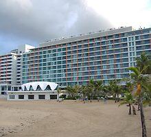 La Concha Hotel by Elias Santiago