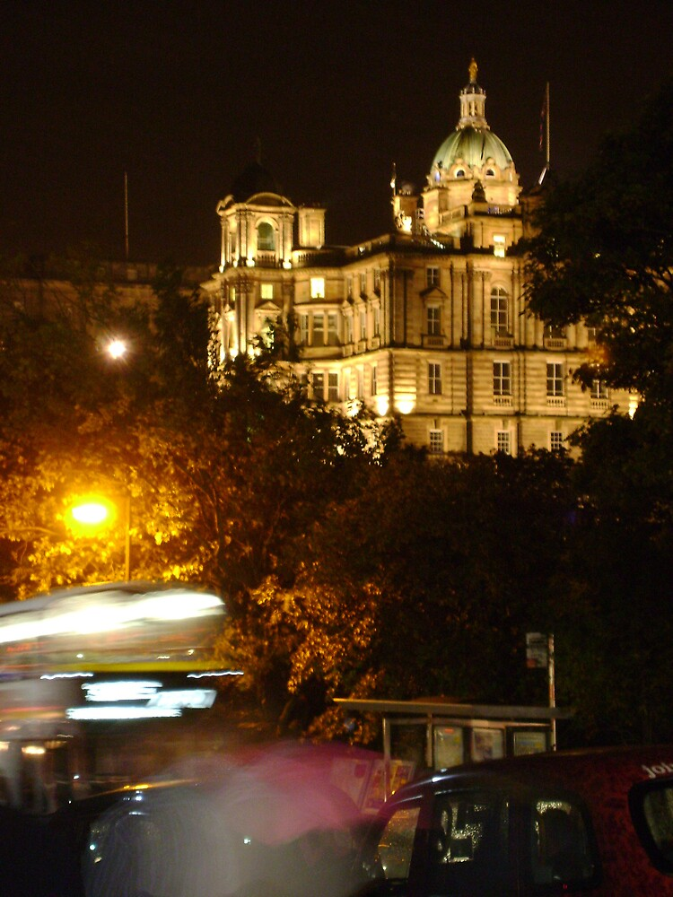 Edinbustle! (busy street, night in Scotland's capital) by armadillozenith