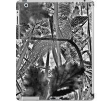 Lill` lizard in tall grass iPad Case/Skin