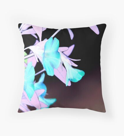 inverted image of a hanging basket Throw Pillow