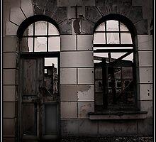 Dresden by Leon Homan