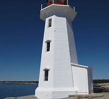 Peggy's Cove Lighthouse by jaywhite