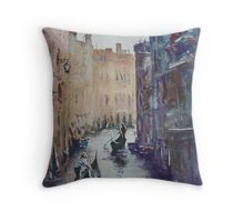 Venice without footpaths Throw Pillow
