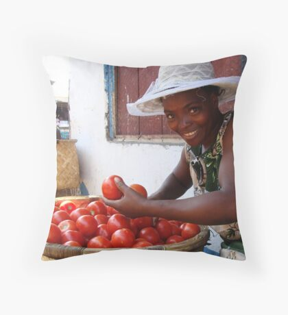 tomato? Throw Pillow