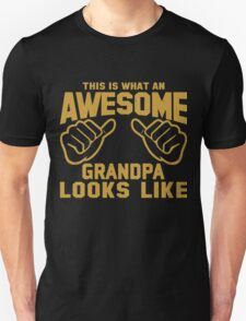 This is What an AWESOME GRANDPA Looks Like Retro T-Shirt