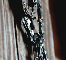 chainsaw. barn art by Allib