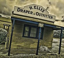 Back to Steiglitz - H.ELLIS Draper and Outfittes by lightsmith