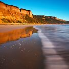Line of Waves by RichardIsik
