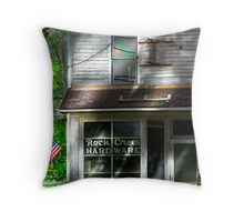 """ Closed Americana "" Throw Pillow"