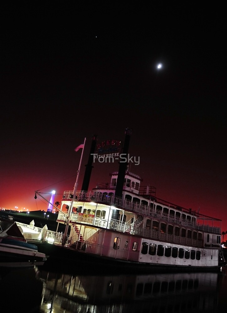 SteakHouse Cruise  by Tom-Sky