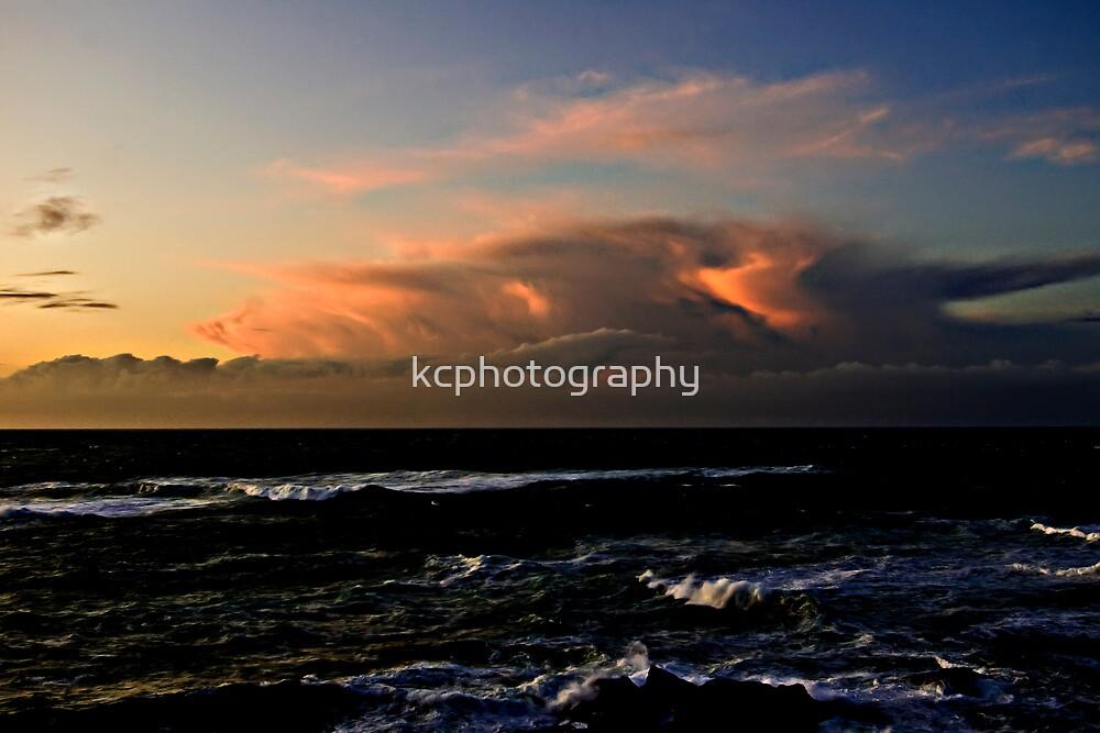 Storm Bringer by Richard Hamilton-Veal