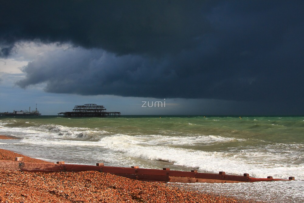 Colour of a storm  by zumi