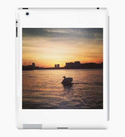 Greenwich sunset iPad Case/Skin