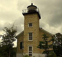 lighthouse in copper harbor, michigan by Lynne Prestebak