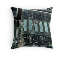 Halloween House Throw Pillow