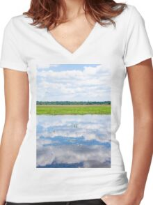 Florida Beauty 2 Women's Fitted V-Neck T-Shirt