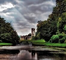 Fountains Abbey. (World Heritage Site) by Sue Smith