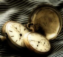 Does Anyone [Really] Know What Time It Is? by Terence Russell