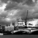 st pauls catherdral by Di Dowsett