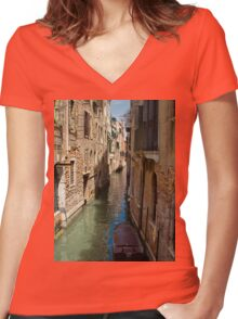 Back Street in Venice Women's Fitted V-Neck T-Shirt