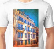 fachada pombalina. 18th century architecture. lisbon Unisex T-Shirt