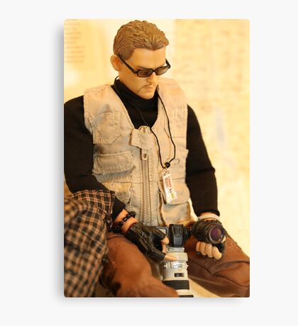 War Journalist Figurine - Half body, sit position Canvas Print