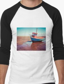 Fishing boat, Meols, Wirral Men's Baseball ¾ T-Shirt
