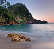 Pokohino Beach at sunset by Paul Mercer