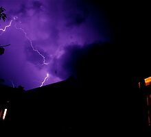 lightening storm in katoomba by Adam Scarf