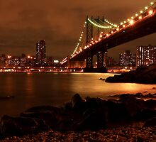 Manhattan bridge, NYC by Andrea Rapisarda
