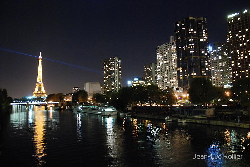 Paris - Seine by night. by Jean-Luc Rollier