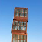 Homenatge a la Barceloneta Sculpture, Barcelona (Spain)  by Petr Svarc