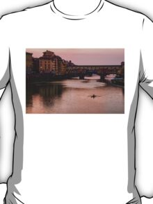 Impressions Of Florence - Ponte Vecchio Rowing In Pink T-Shirt