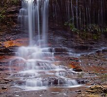 Weeping Rock 2, Wentworth Falls, NSW.  by Stephen Bennetts