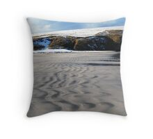 Wiggles in the sand, St Ninian Isle, Bigton Throw Pillow