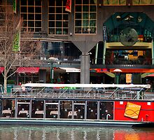 Southgate floating restaurant by Gerard Rotse