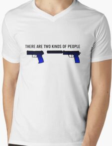 There Are Two Kinds Of People In Cs:Go Mens V-Neck T-Shirt