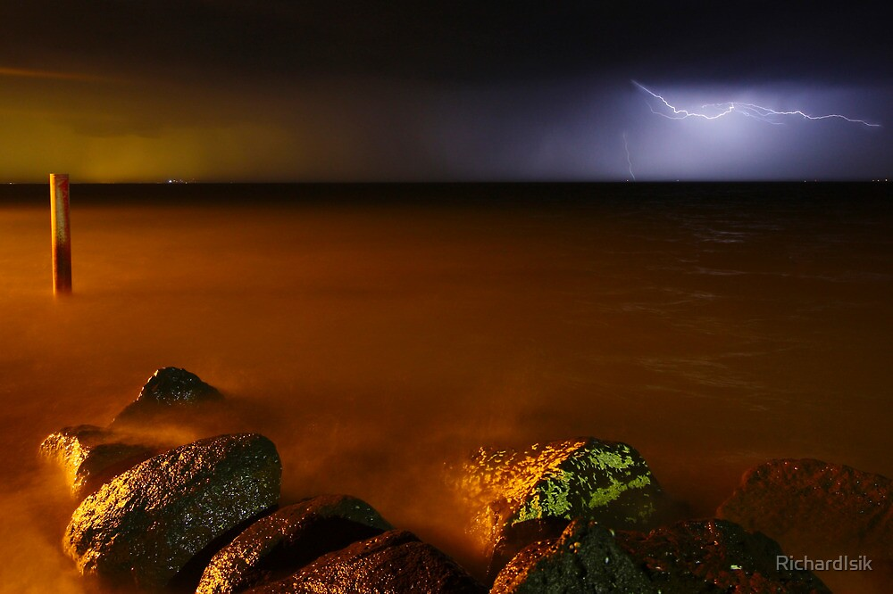 Lightning Strike 2 by RichardIsik
