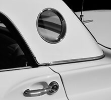Ford Thunderbird Classic by Sherry  Graddy