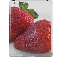 Strawberries too pretty to eat! ~ iPad Case/Skin