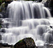 Lower Decew Falls  (V1) by Rex  Montalban