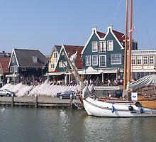 VOLENDAM HARBOUR . by Lilian Marshall
