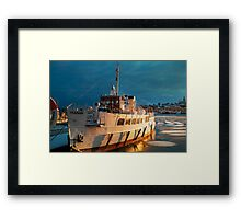 Winter Sun Set Framed Print