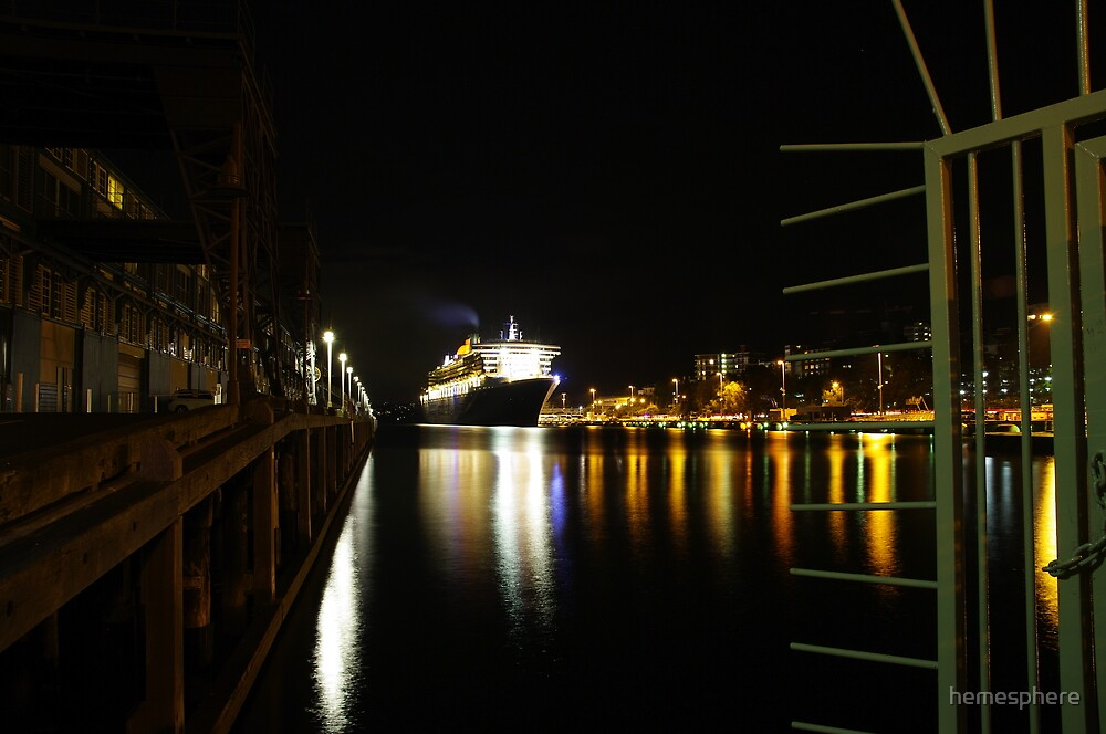 Queen Mary 2 by hemesphere