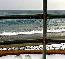 Looking at the sea by Barbara  Corvino